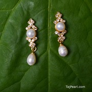 Fresh water Pearl Earrings. International shipping available